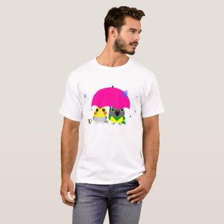オカメインコ オウム Cockatiel and Senegal Parrot & umbrella T-Shirt