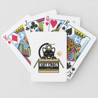 ガムテープで遊ぶ猫とNYAMAZON ダンボール(茶色) ポーカーカード