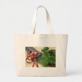 褌 One Bag