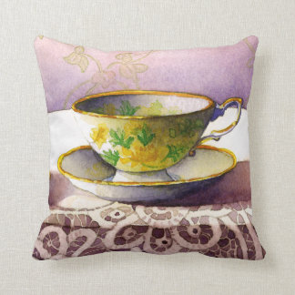 0001 Teacup on Lace Trow Pillow