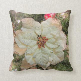051HD White Poinsetta Throw Cushion