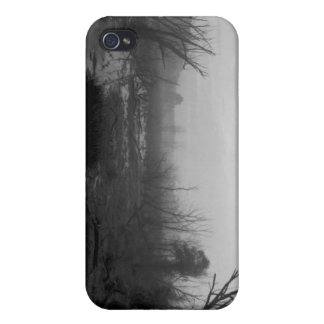 072806-23BW-APO A SHORTCUT iPhone 4 COVER
