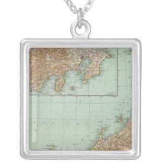 10102 Japan Square Pendant Necklace