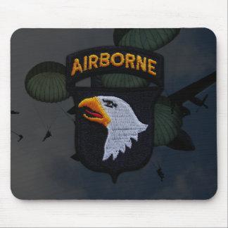 101st airborne division vets patch Mousepad