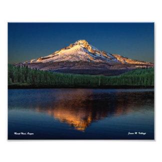 "10"" x 8"" Mount Hood from Trillium Lake Photograph"