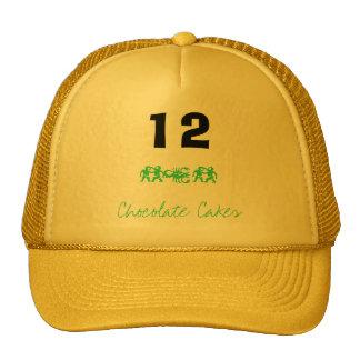 12 Chocolate Cakes oto Hats