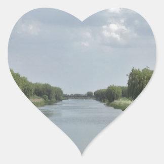 12 HEART STICKER