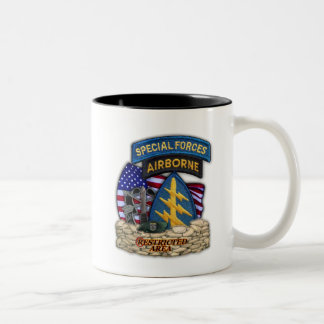 12th Special forces green beret flash veterans Cup Two-Tone Mug