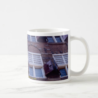 17th Century Dutch painter Rembrandt's house in Am Mugs