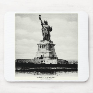 1898 Statue of Liberty Mouse Pad