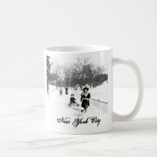 1900 Central Park NYC Mug