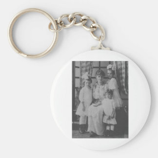 1900's Mother and Three Daughters Keychains
