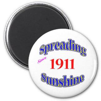 1911 Spreading Sunshine Magnets
