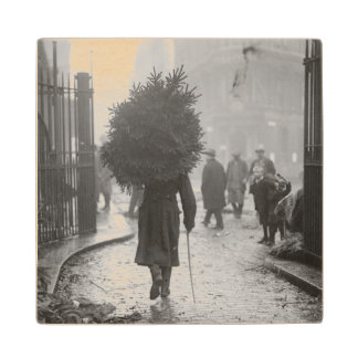 1915: A soldier carrying a christmas tree Wood Coaster