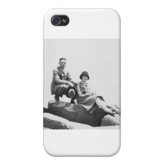1920's Couple on Vacation Cover For iPhone 4