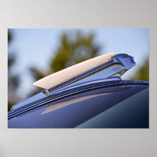 1939 Pontiac Sedan Hood Ornament Print