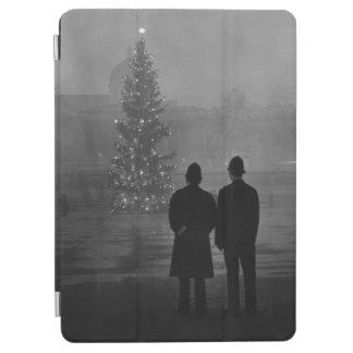 1948: Two policemen regard Christmas Tree iPad Air Cover