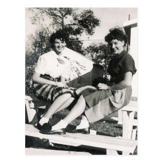1950'S  GIRLS #14 POSTCARD