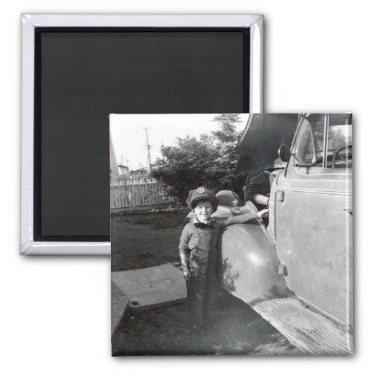 1950s Retro Gas Station Attendant Magnet