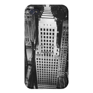 1960:  An aerial view of a Chicago skyscraper iPhone 4/4S Case