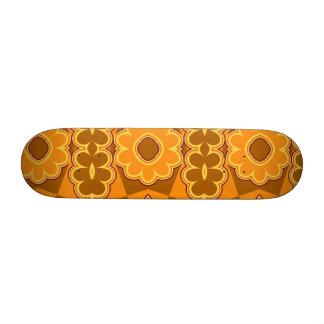 1970s retro vintage flower power brown yellow 19.7 cm skateboard deck
