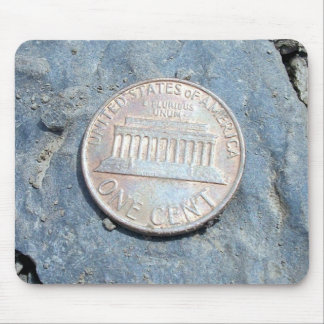 1980 American Penny Front Mousepad