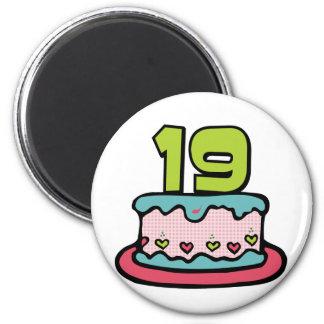 19 Year Old Birthday Cake 6 Cm Round Magnet