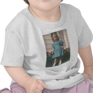 1 free vintage printable - tinted girl photo.jpg t-shirts
