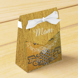 #1 mom Golden typography mother's day Favour Box