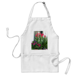 1 Primrose Tulips Standard Apron