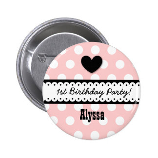 1st Birthday Girl Heart and Scalloped Ribbon v2E 6 Cm Round Badge