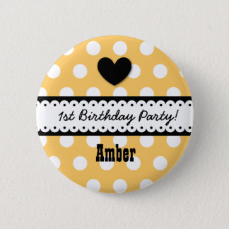 1st Birthday Girl Heart and Scalloped Ribbon v2G 6 Cm Round Badge