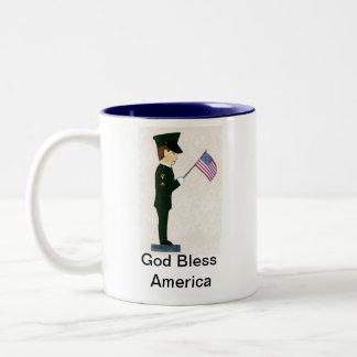 1st Cavalry Soldier-God Bless America Mug
