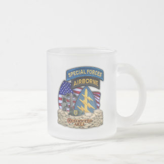 1st Special forces green berets frosty beer Mug