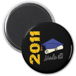 2011 Graduation Cap Magnet