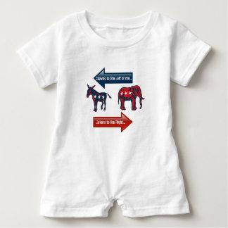 2016 Political View. Republican & Democrat VOTE! Tshirt