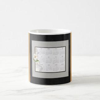 2017 Calendar, Flower Accents Mug