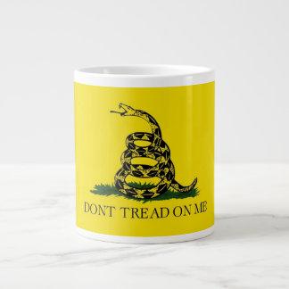 20 oz. Coffee Mug w/ Gadsden Flag-Dont Tread On Me Jumbo Mug