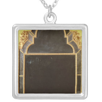 25:Queen Anne giltwood pierglass Silver Plated Necklace