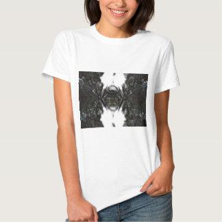 28 - Poisoned Heart T-shirt