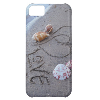 2 Hearts  in the sand with shells with Love iPhone 5C Case
