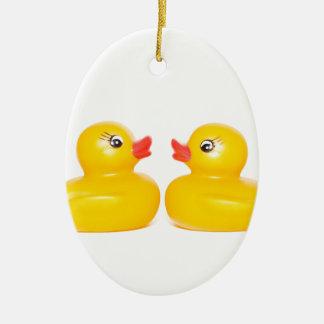 2 rubber ducks in love ceramic oval decoration
