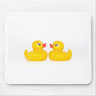 2 rubber ducks in love mousepads