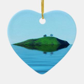2 Trees Island Ceramic Heart Decoration