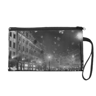 30th November 1955: Christmas decorations Wristlet Purse