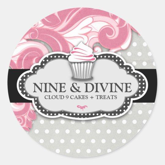 311 Divine Pink Swirl Polka Dot Cupcakes Round