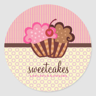 311 Sweet Cakes Cupcake Dots n Stripes Classic Round Sticker