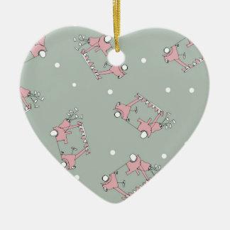 35) Golf Design from Tony Fernandes Ceramic Heart Decoration