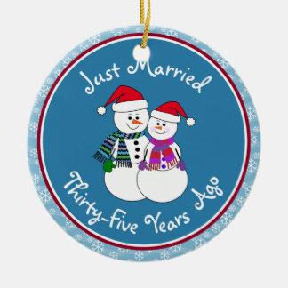 35th Anniversary Gift Fun Snow Couple Christsmas Christmas Ornament