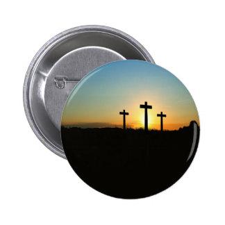 3 Crosses 6 Cm Round Badge